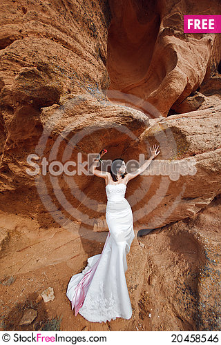 Free Girl On The Mountain Royalty Free Stock Image - 20458546
