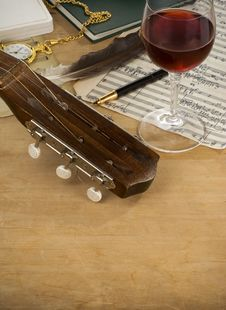 Free Guitar, Glass Of Wine And Note Stock Photo - 20450710