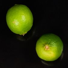 Free Two Limes Stock Photo - 20458990