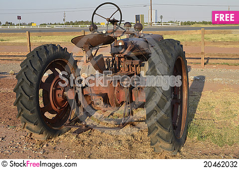 Free Antique Tractor Stock Photography - 20462032