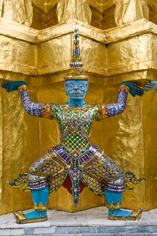 Free Wat Phra Kaew : The Royal Temple Of Bangkok Royalty Free Stock Images - 20461939