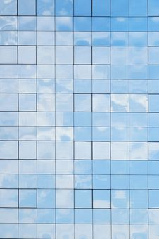 Free Building Reflection Royalty Free Stock Image - 20462956