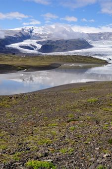 Free Jokulsarlon Is The Largest Glacier In Iceland Royalty Free Stock Images - 20463149