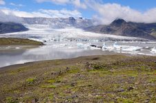 Free Jokulsarlon Is The Largest Glacier In Iceland Stock Images - 20463154