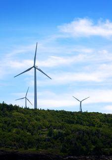 Free Three Wind Turbines Royalty Free Stock Photos - 20468208