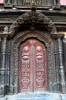 Free Door Of The Palace In Nepal Royalty Free Stock Photos - 20468838