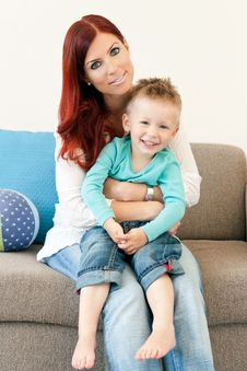 Mother And Child Hugging Royalty Free Stock Photos