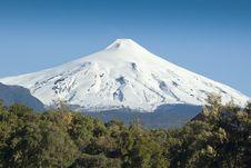 Free Villarrica Volcano Royalty Free Stock Image - 20470366
