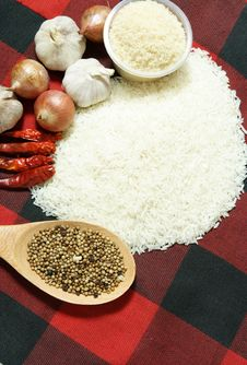 Free White Rice And Food Ingredients Royalty Free Stock Images - 20470409