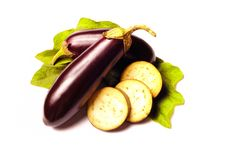Free Eggplant With Leafs On White Royalty Free Stock Photography - 20473927