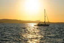 Free Yacht In Sunset Royalty Free Stock Photography - 20479787