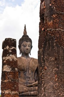Free Buddha Statue Behind  Pillars Stock Photos - 20480253