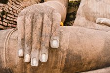 Free Hand Of Buddha Statue On Left Royalty Free Stock Photo - 20480765