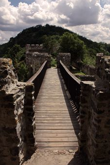 Free Castle Bridge Royalty Free Stock Photo - 20480885