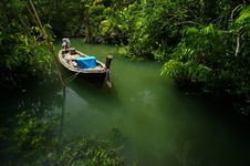 Free Fisherman Boat Royalty Free Stock Photo - 20484195