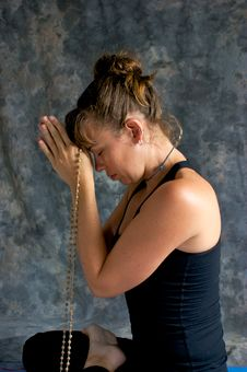 Free Woman Praying With Mala Beads Stock Photos - 20493083