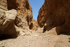 Free Orange Desert Canyon Royalty Free Stock Photo - 20493905