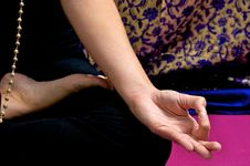 Free Close Up Of Yogi Hand In Om Position Stock Photography - 20496212