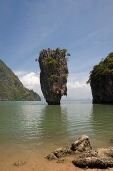 Free James Bond Island Ro Khao Tapu Royalty Free Stock Photo - 20497605