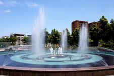 Free City Fountain Stock Image - 20498531
