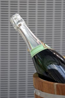 Free Champagne In The Wood Bucket Stock Photos - 2056893