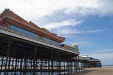 Free Central Pier Blackpool From Beach Royalty Free Stock Photos - 20500588
