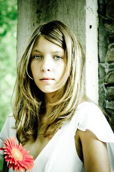 Free Girl Holding Flower Stock Photo - 20501510