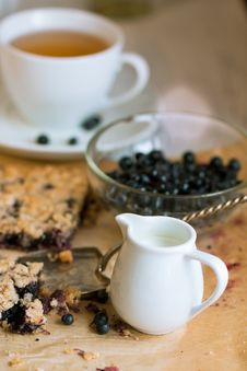 White Jug Of Milk And Blueberry Pie Royalty Free Stock Images