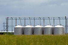Free Grain Silos Royalty Free Stock Photography - 20506257