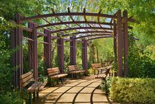 Free Walkway Trellis Royalty Free Stock Photography - 20509387