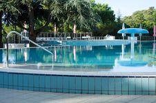 Free Swimming Pool Stock Photo - 20520430