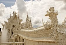 Free Wat Rhong Khun With Thai Stucco Royalty Free Stock Photo - 20520915