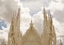 Free Wat Rhong Khun With Thai Stucco Royalty Free Stock Images - 20520919