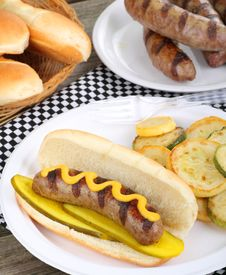 Free Grilled Bratwurst Meal Royalty Free Stock Images - 20524799