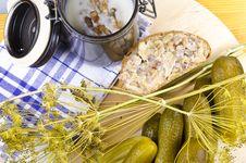 Free Polish Garlic Cucumbers Royalty Free Stock Photo - 20524915