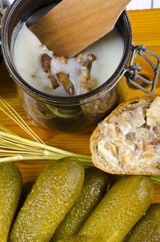 Free Polish Garlic Cucumbers Royalty Free Stock Photography - 20525117