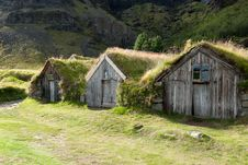 Free Houses With Grass On The Roof Royalty Free Stock Images - 20525179