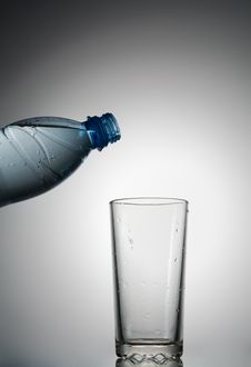 Free Glass And Bottle Royalty Free Stock Photography - 20539617