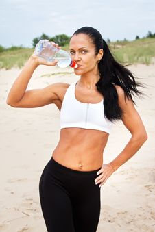 Free Beautiful Fit Girl Drinking Water After Exercises Royalty Free Stock Photo - 20540255