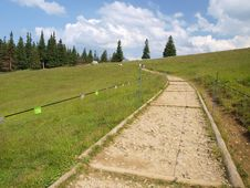 Free Hiking Trail In The Tatra Mountains In Poland Stock Photography - 20541042