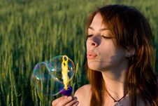 Free Young Woman And Bubbles Royalty Free Stock Images - 20541599