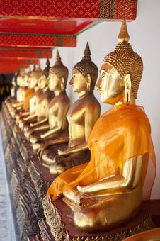 Free Buddha Statues Stock Photo - 20543260