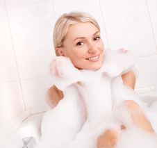 Free Woman Taking A Bath Royalty Free Stock Photo - 20543695