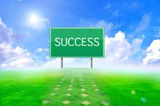 Free Traffic Success Sign And Green Background Royalty Free Stock Photos - 20544718