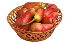 Free Pears In A Basket Royalty Free Stock Image - 20546176