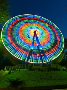 Free Ferris Wheel In Night Royalty Free Stock Images - 20546339