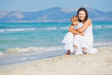 Free Young Mother With Her Son On Beach Vacation Stock Photo - 20546410