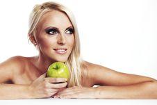 Free Beautiful Woman Holding Apple Stock Photography - 20546922
