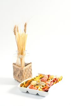 Free Different Kinds Of Italian Pasta Royalty Free Stock Photography - 20547027