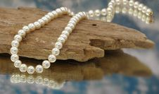 Free Elegant Pearls With Sky Stock Image - 20548151